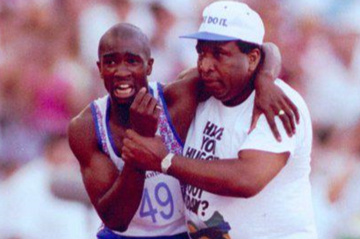 Derek Redmond Guest of Honour at our Annual Awards!